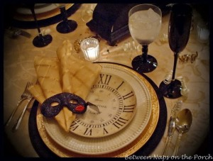 New-Years-Tablescapes-Table-Settings-5